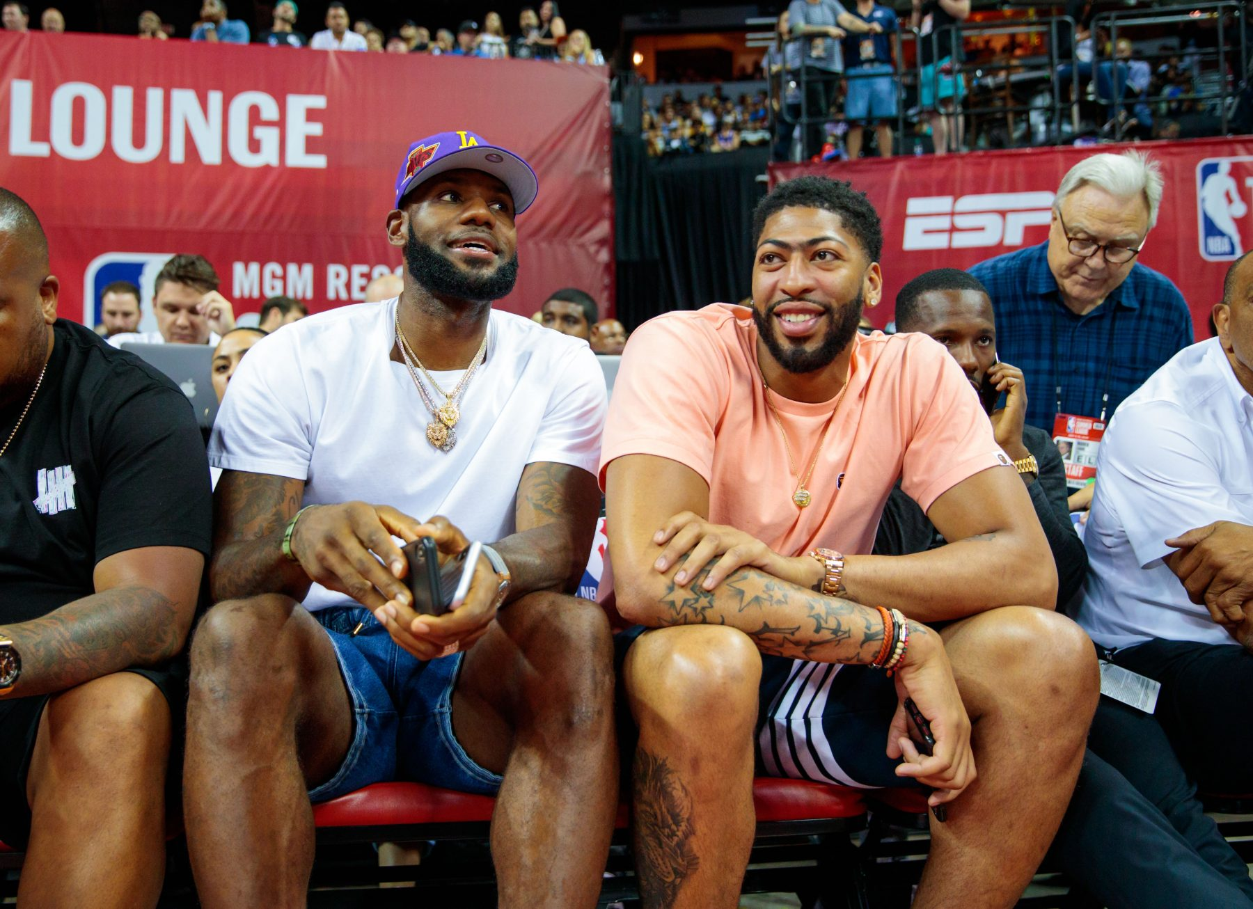 cheap for discount 8e3ba c89e0 Report: LeBron James, Not Anthony Davis, to Wear No. 23 ...