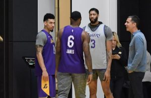 Danny Green, LeBron James, Anthony Davis, and Rob Pelinka