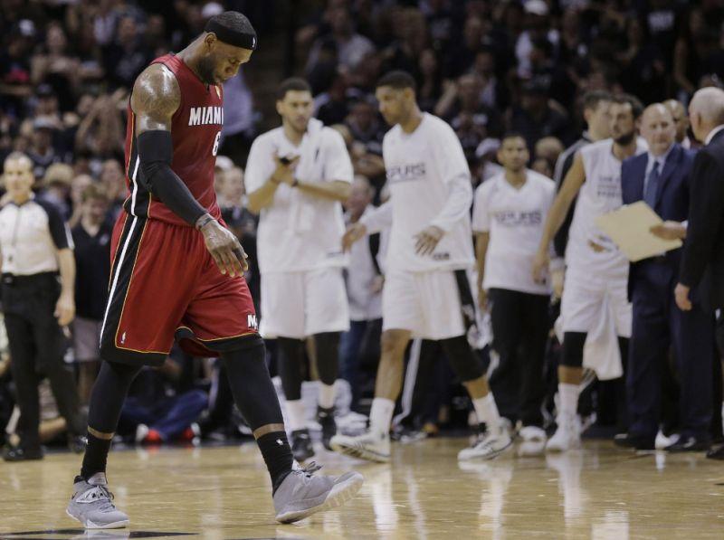 LeBron James Spurs