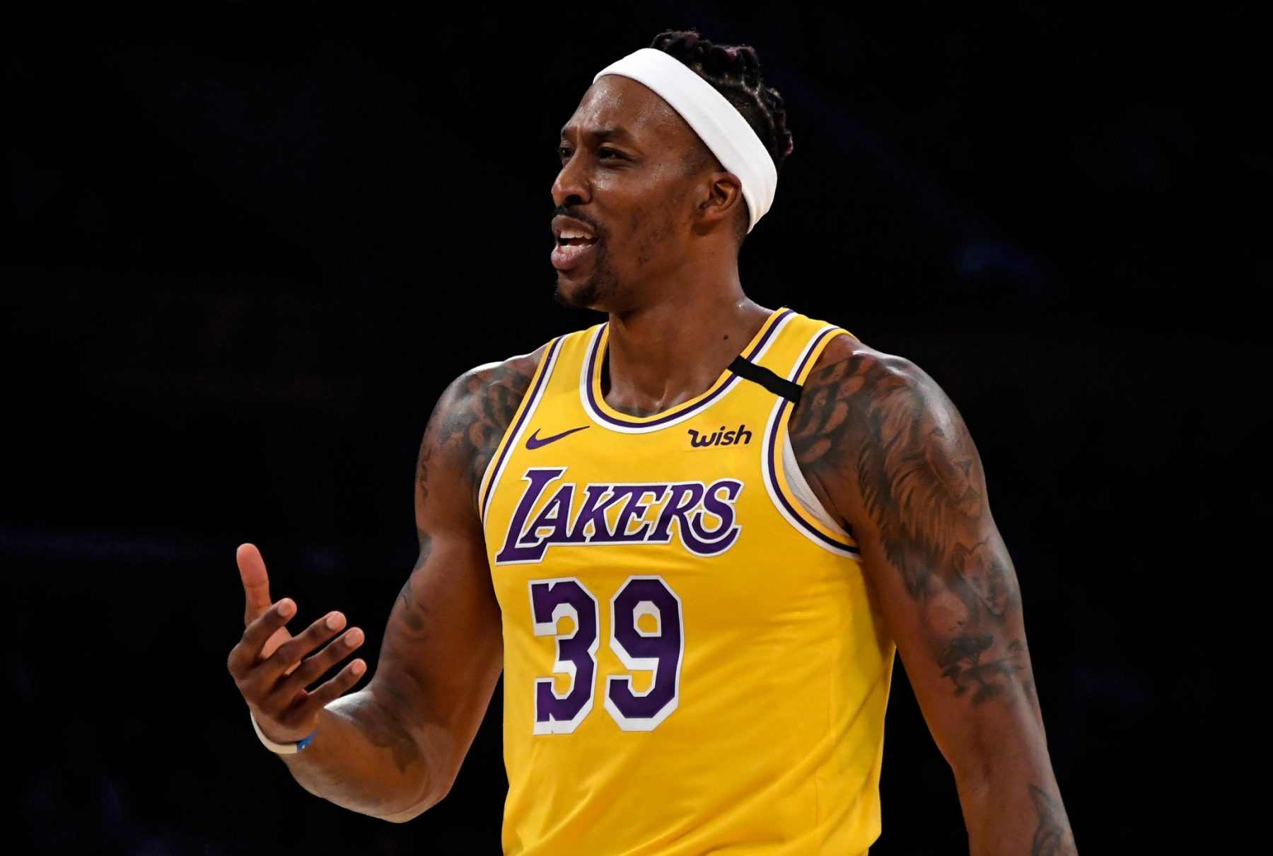 Dwight Howard Warned For Not Wearing Mask Following Tip To Hotline