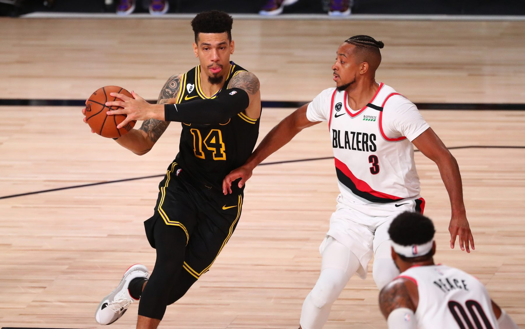Danny Green Addresses Being Criticized And Cyber Bullied By Lakers Fans Issues Strong Message To Haters Lakers Daily