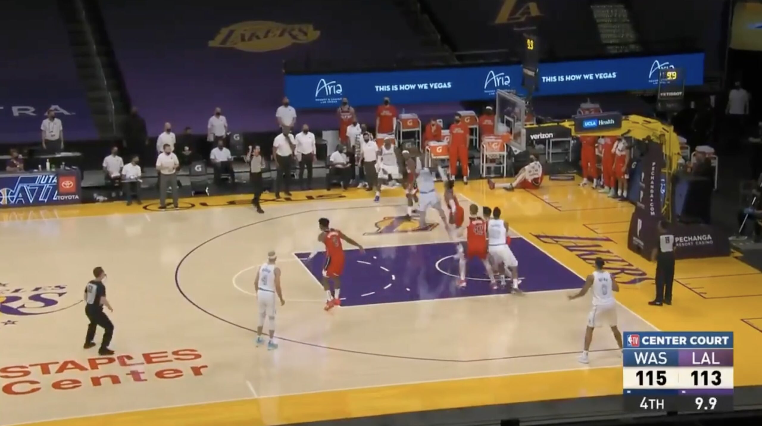Video: LeBron James hits cold-blooded jumper to send Lakers into overtime  vs. Wizards - Lakers Daily