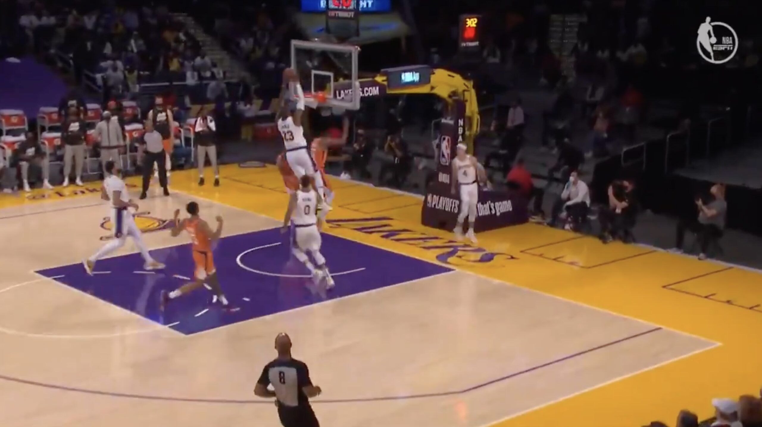 LeBron James dunk Lakers