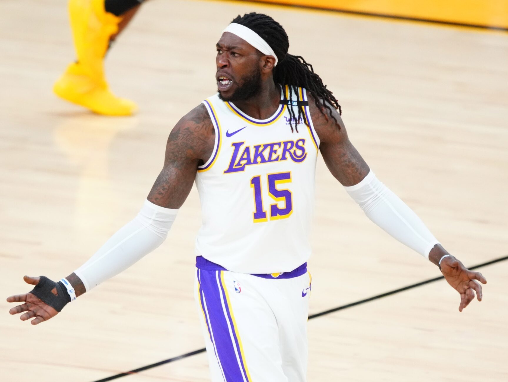 Montrezl Harrell issues cryptic message about meeting people he ...